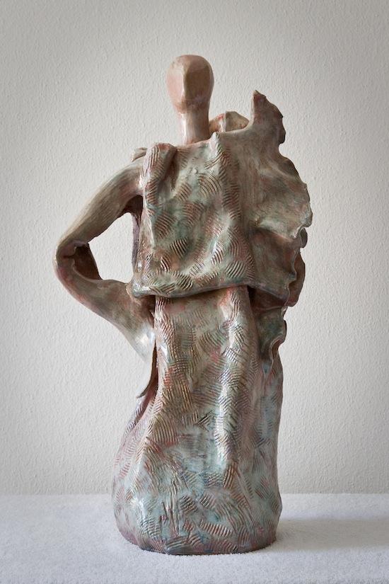 Lidia mietti - donna in festa - ceramica tradizionale